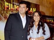 Vidya Balan arrives hand-in-hand with hubby Siddharth for movie screening