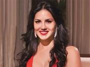 Sunny Leone turns to small screen with Splitsvilla 7