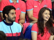Bollywood supports Abhishek Bachchan's Kabaddi team