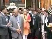 PM Narendra Modi visits Pashupatinath temple