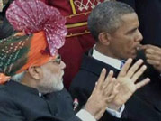 US President Barack Obama seen chewing gum at Republic Day parade