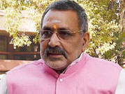 Skin colour made Sonia Congress Chief: Giriraj Singh