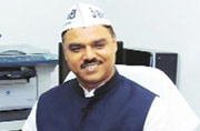 Big blow to AAP: Jitender Singh Tomar sent to four-day police remand