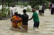 Heavy rains wreak havoc in West Bengal, Odisha, Manipur