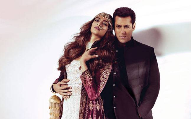 Sexy and single: Behind the scenes of Sonam Kapoor and Salman Khan's hot  Harper's Bazaar Bride cover shoot