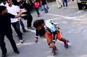 Man pulls bus with his hair to enter Guinness World Records