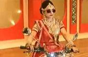 Bride makes a grand entry on a Royal Enfield Bullet
