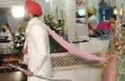 Mayank Gandhi and Hunar Hale tied the knot in a Delhi gurudwara
