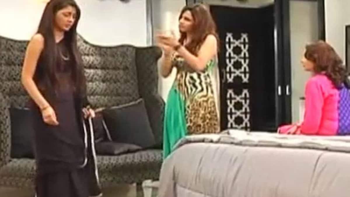 Kumkum Bhagya: Tanu, Aaliya throw Pragya out of Abhi's house