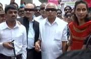 Karnataka BJP Chief Yedurappa walked Bengaluru blindfolded to push eye donation