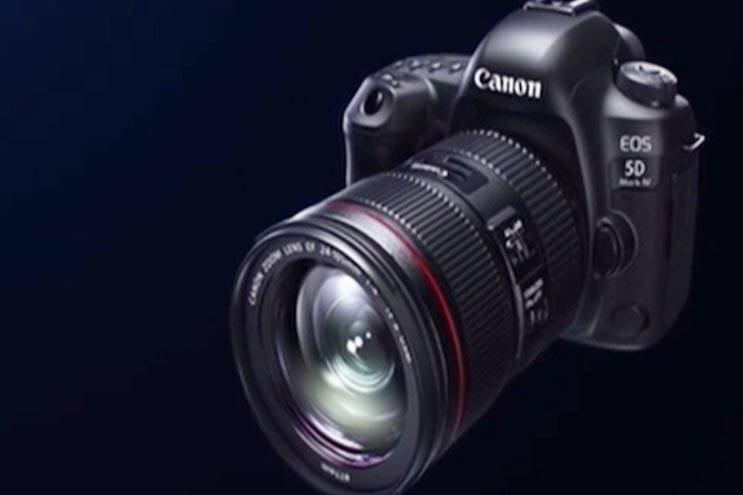 Canon launches EOS 5D Mark IV