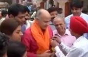 Delhi's deputy CM Manish Sisodia visits Chandini Chowk to take stock of situation