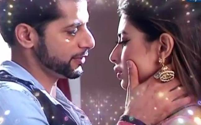 Naagin 2 Shivangi And Rocky Share Romantic Moments Ankush Raheja