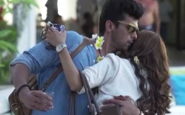 Beyhadh: Arjun and Maya spend some romantic moments together in Mauritius
