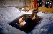 This is How Siberian Mothers Train Their Kids to Resist the Cold