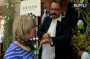 German Hair Salon Offers Rare Treatment for Customers- Snake Therapy!