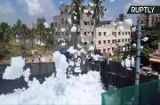 Toxic Foam Covers Streets in Indian City as Lake Froth Flies Through the Air