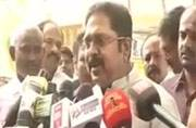 EPS threatening to cut funds of AIADMK MLAs loyal to me, alleges Dinakaran