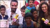 Ashish Sharma and Ragini Khanna celebrate Holi with underprivileged kids