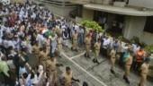 Mumbai Police gave Ajit Wadekar a gun salute (PTI Photo)