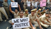 Delhi Police ends protest after 10 hours of high drama