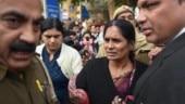 Conspiracy to delay hanging: Nirbhaya's mother breaks down over AAP-BJP blame game