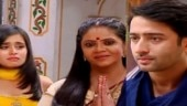 Yeh Rishtey Hain Pyaar Ke: Abeer asks Minakshi to stay away from Mishti and his wedding