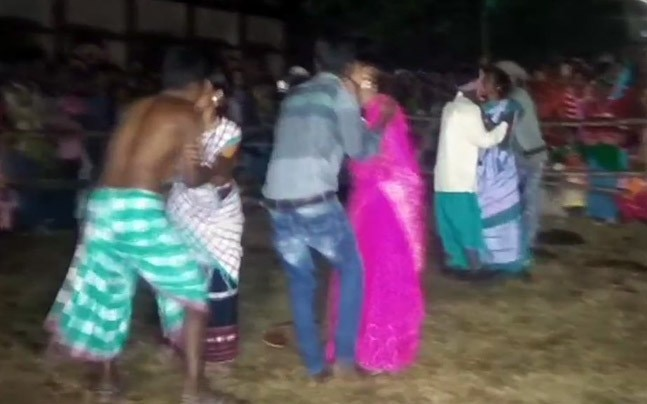 The kissing competition organised by JMM MLAs