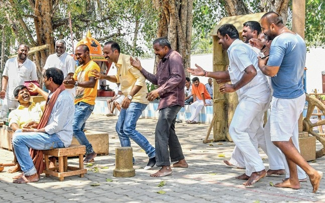 JAILBREAK H Kattimani's cast rehearse at the Central Prison Mysuru. Photo: Madhusudhan SR