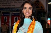 Miss World Manushi Chhillar was a sight to behold during her visit to Siddhivinayak Temple