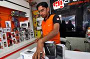 Micromax to focus on offline sales, Yu to cater to online market
