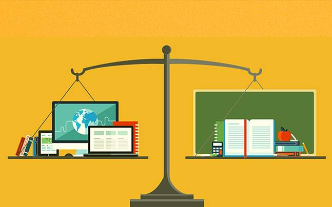 online teacing vs classroom teaching Best practices in online teaching strategies in the following report, the hanover research council reviews the best practice.