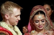 After nailing the white wedding, Aashka Goradia and Brent Goble looked royal on their big fat Indian wedding.