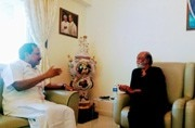 Rajinikanth in conversation with Tamilaruvi Maniyan.