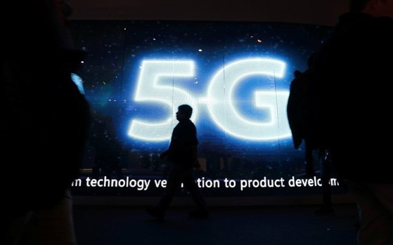 Qualcomm Snapdragon Summit: 5G to come to phones in 2019, most high-end phones to get it by 2020