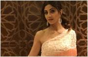 Here's what's absolutely wrong with Shilpa Shetty's fusion attire
