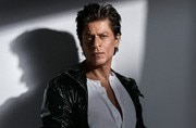 Shah Rukh Khan will reveal his dwarf look in Aanand L Rai's film only on one condition...