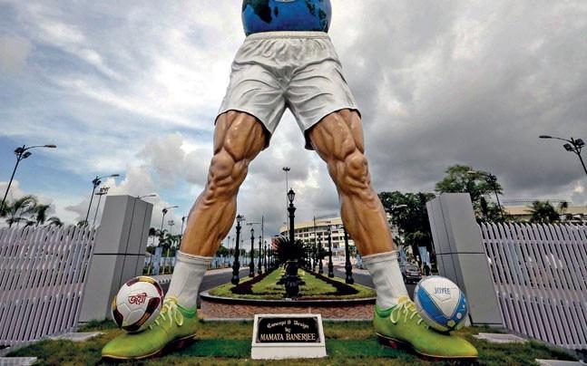The Yuba Bharati Krirangan statue installed for the U-17 FIFA World Cup matches in Kolkata. Photo: Subir Halder