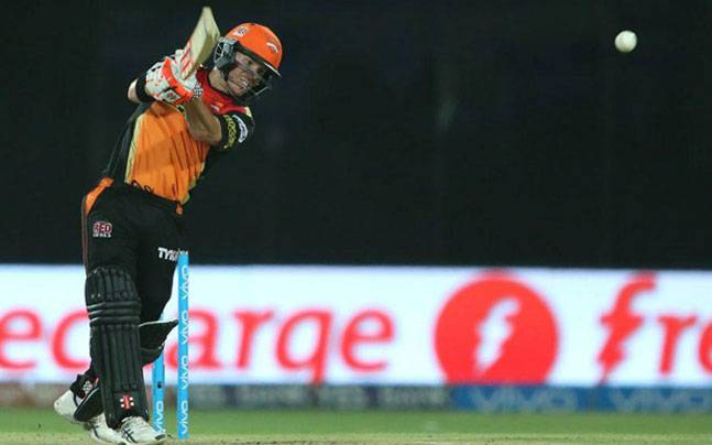 Sunrisers Hyderabad fly to Bengaluru after David Warner blitz