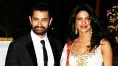 Aamir Khan and Priyanka Chopra wish fans a very Happy Dussehra.