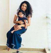 Manasi Parekh with daughter