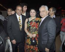Ramesh Sippy, Kiran Juneja and Dharmendra.