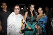 Vidya with Soankshi