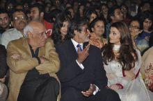 Yash Chopra, Amitabh Bachchan, Aishwarya Rai,