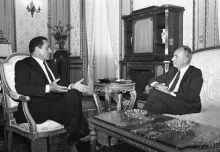Former Egypt President Hosni Mubarak along with then Israeli PM Shimon Peres.