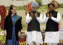 Shri Vilasrao Deshmukh, Sonia Gandhi and Manmohan Singh