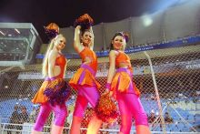 Kochi cheerleaders