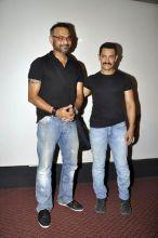 Aamir unveils Delhi Belly's first look
