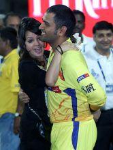 Chennai skipper M.S Dhoni with wife Sakshi