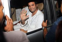 Rahul Gandhi waves as UP Police arrest him